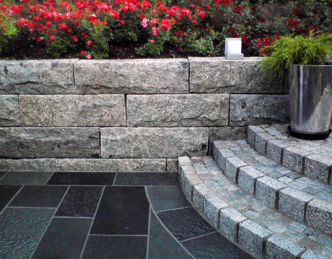 Trapp, mur og platting i stein